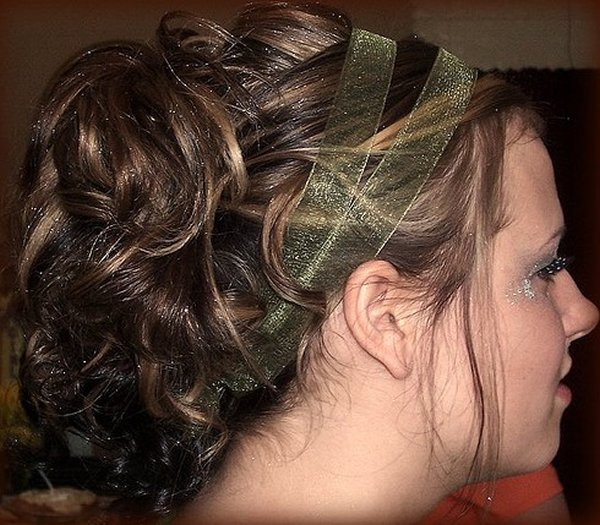 Прически на длинный волос с челкой своими