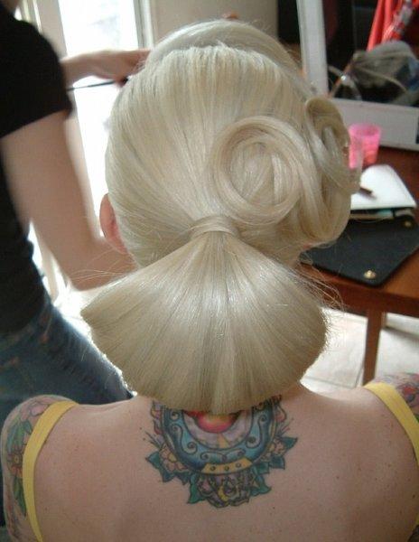 Картинки причесок для девочек на длинные волосы 10