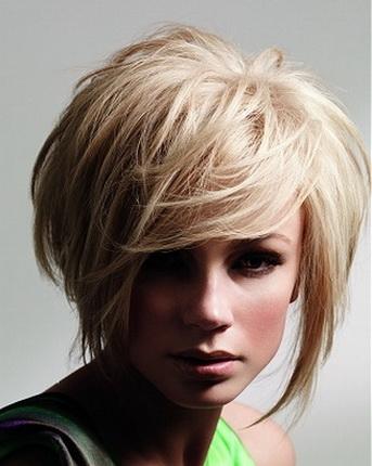 модные стрижки для волос